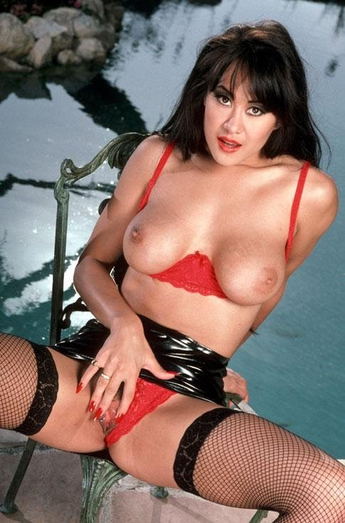 Hot mils German wife share