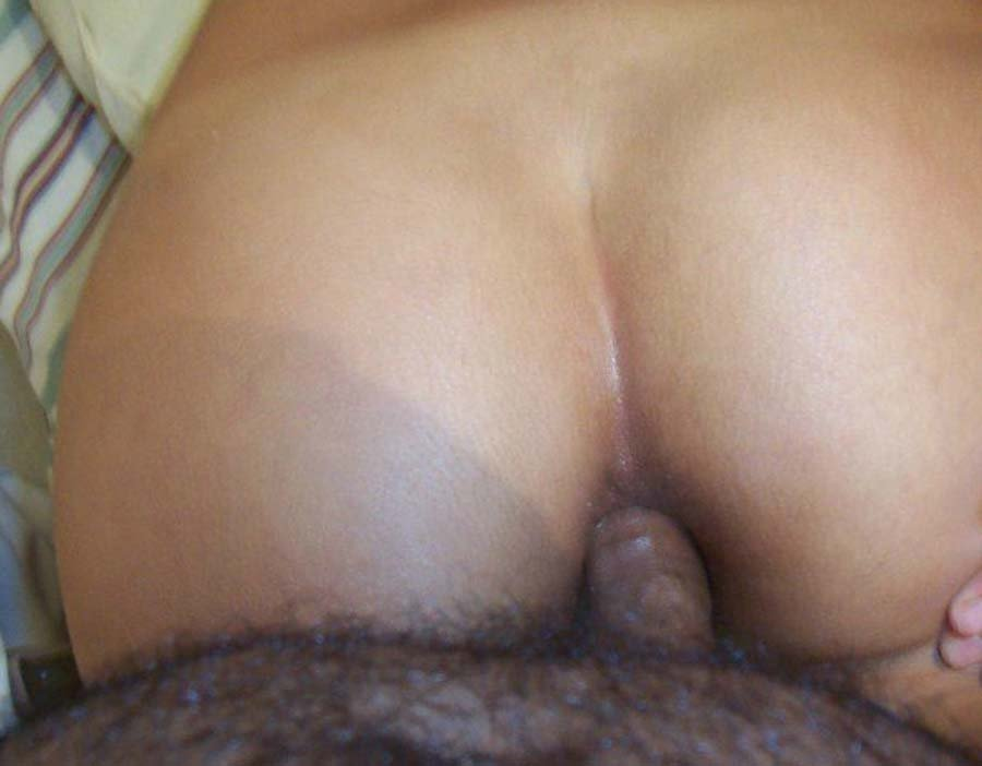 Hot Milf Playing With Her Creamy Pussy At Sexiecams.com