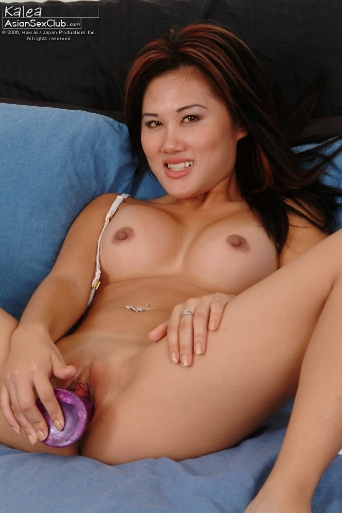 asiansexclub-updates-muscle-girls-nude-beach