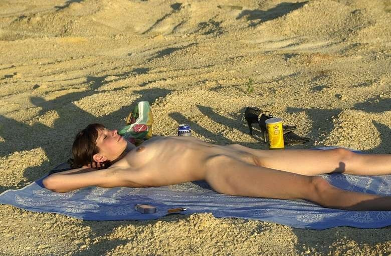 Brunette beach sex #1