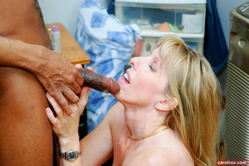Waching mature wife