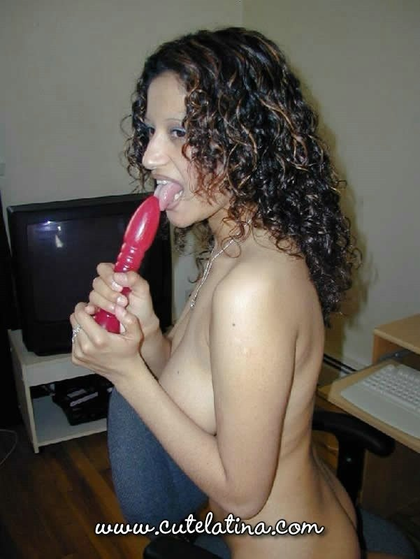 Wife exchaing sex Rodney st cloud strippers in the hood