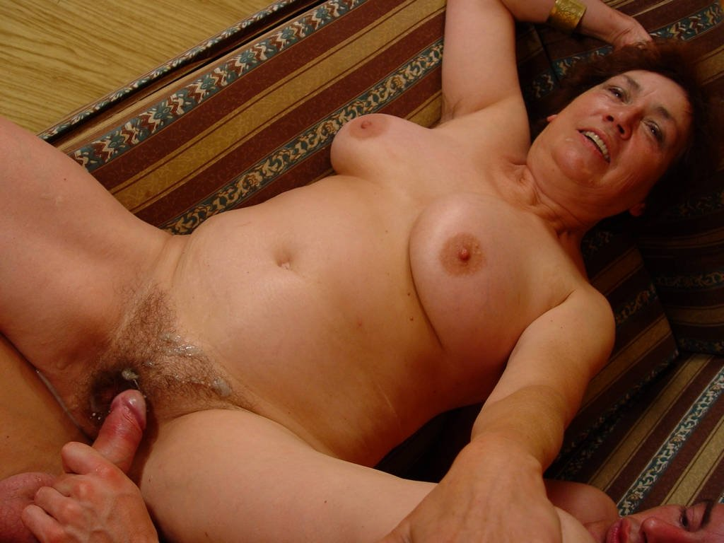 Mature cunt young cock