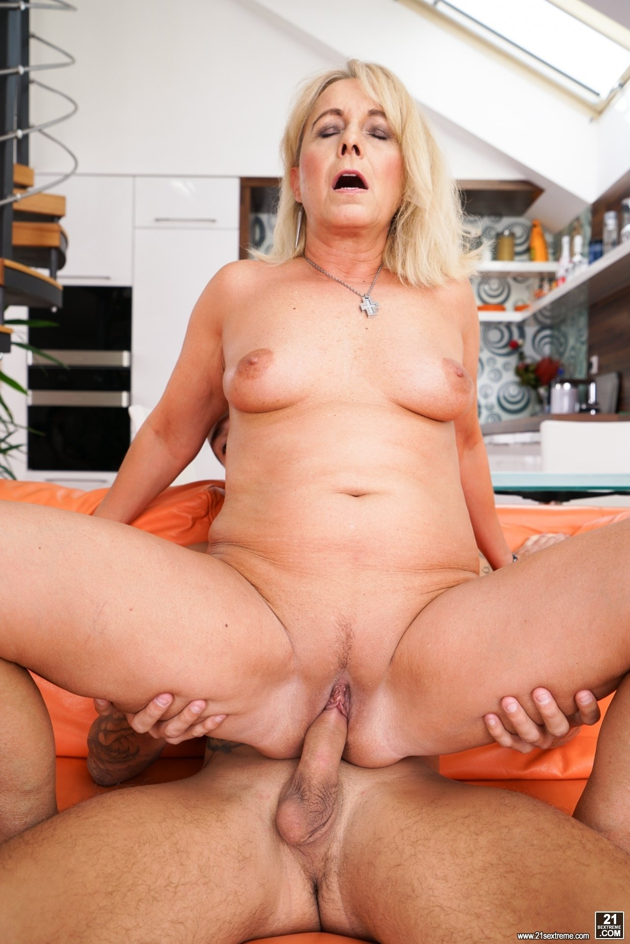 Wife xxxvideo