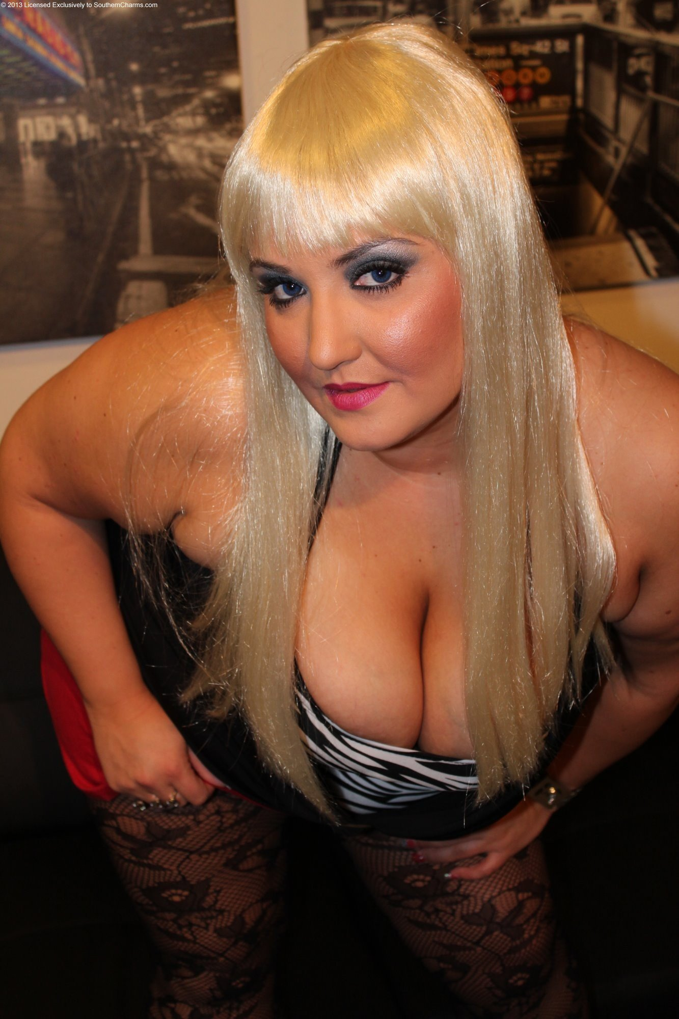 7 year old naturally busty cougar milf #1