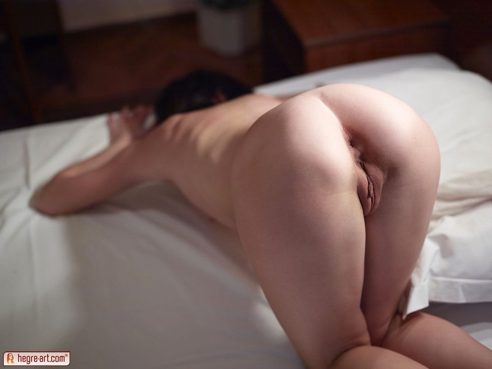 Hung shemale making love with girls Wife deep mouth2