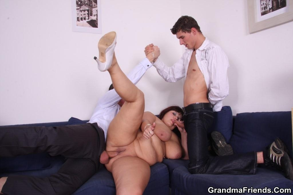threesome office porn there