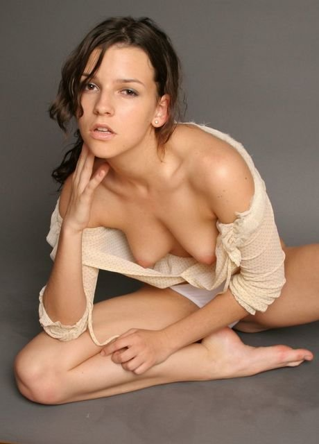 Pictures of girlfriend nude
