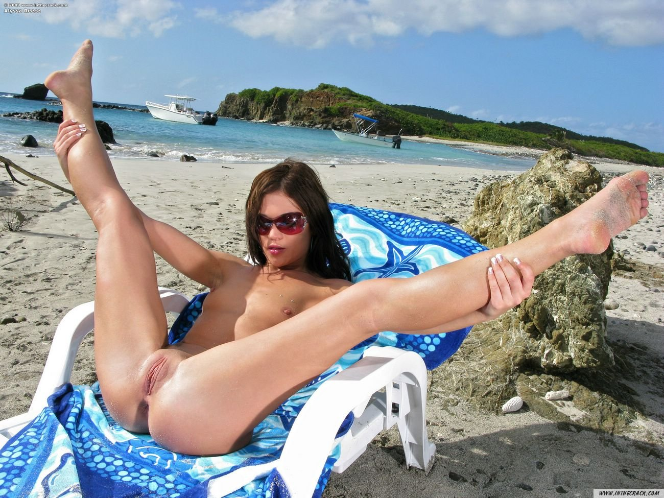 sex naked on beach