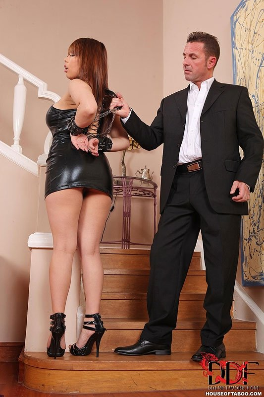 Mature british wife bored with her husband goes to a bukakke
