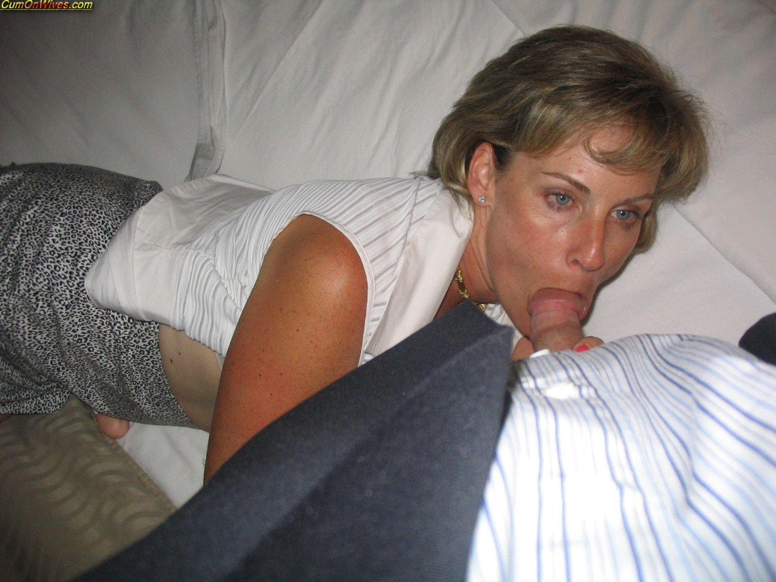 Amateur hairy milf pov and blowjob asslick