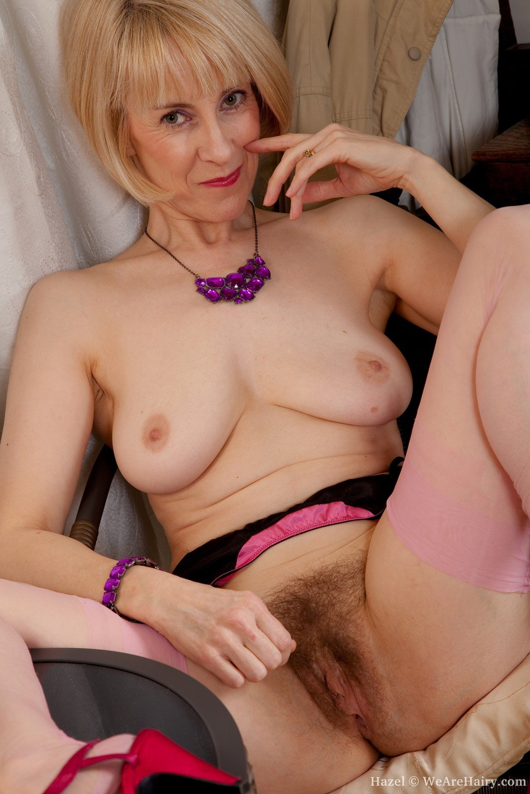 Mature naked women over 0 #1