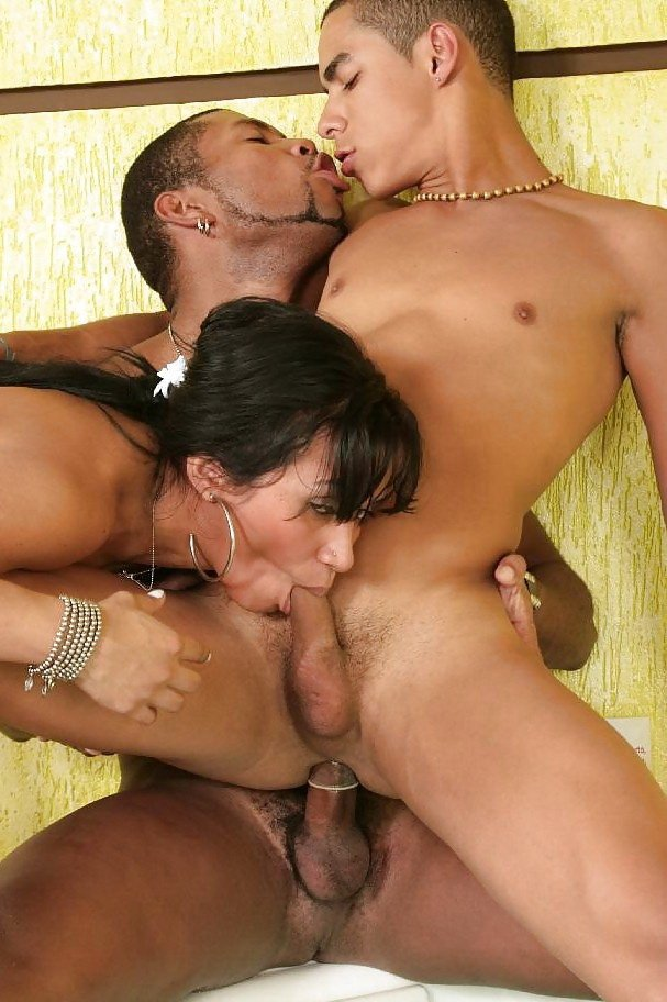 threesome with gay