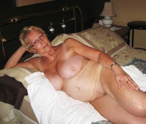 mature first time lesbian experience