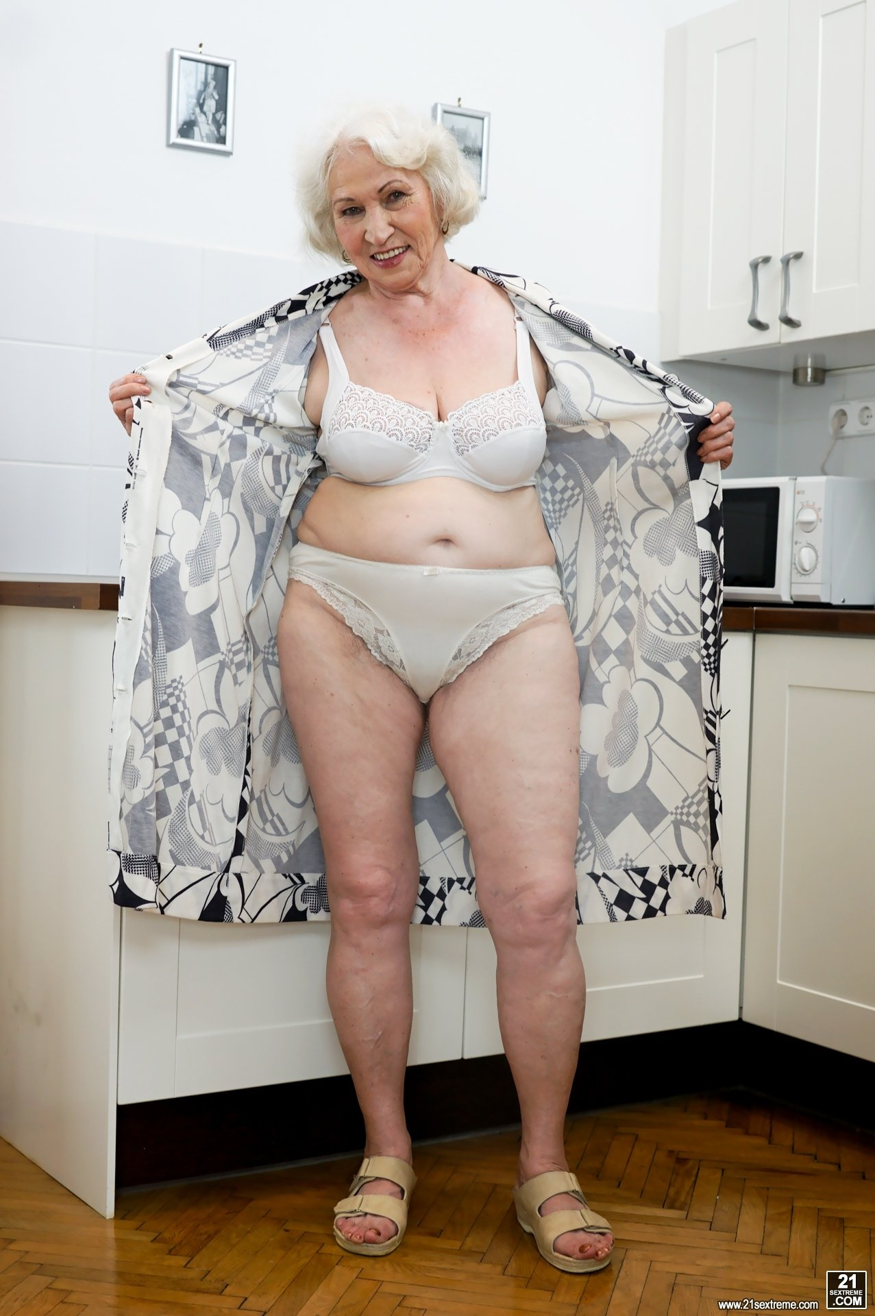 hot granny xxx pics add photo