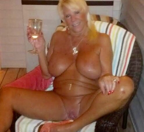 Mature women live chat #13