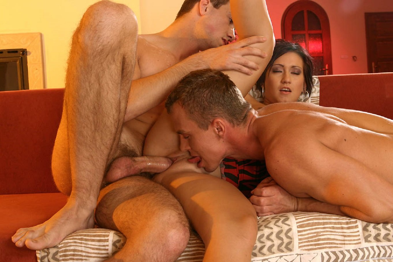 bisexual-married-men-fucking-young