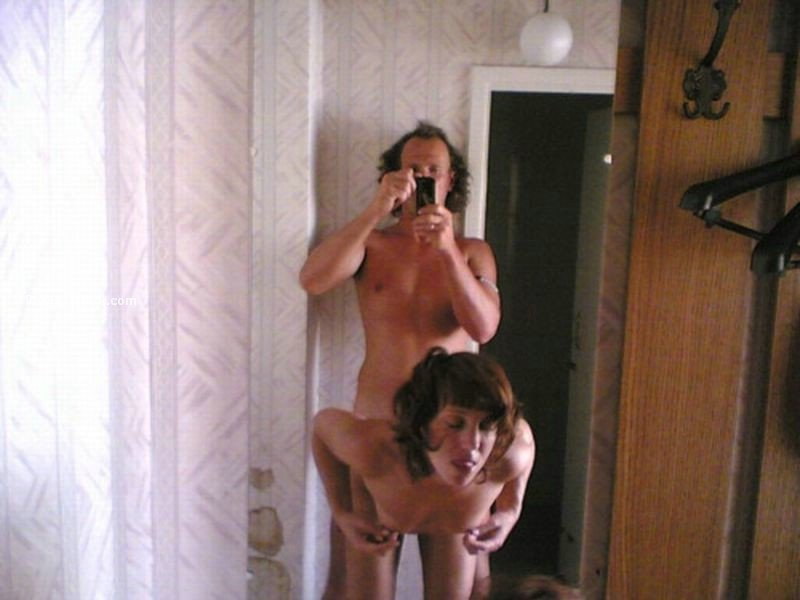 amateur naked family