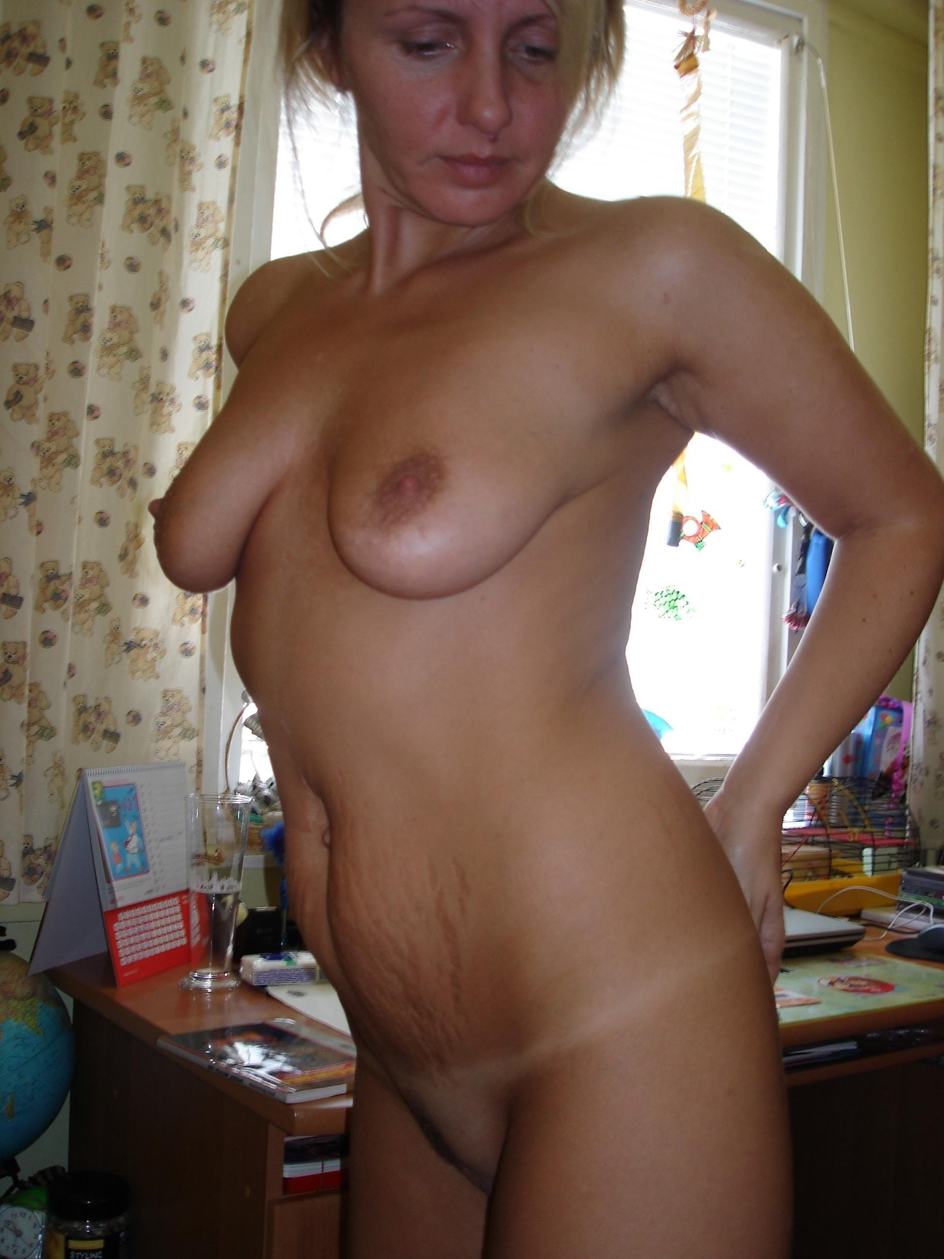 wife 8 inch dildo there