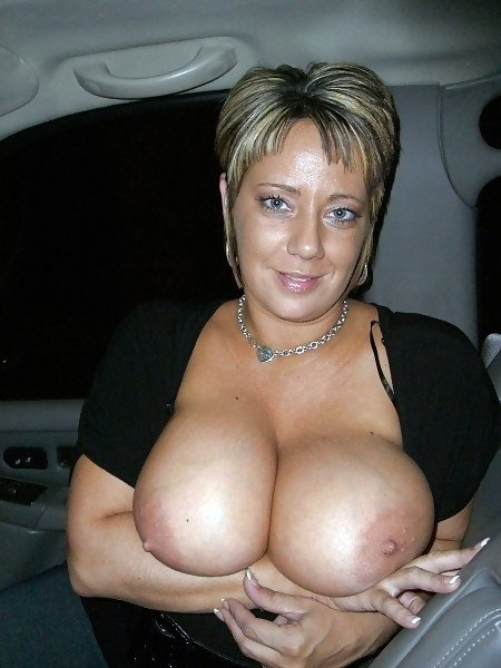 busty milf mom xnxx add photo