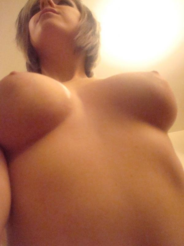 Naked amateur mom pictures #8