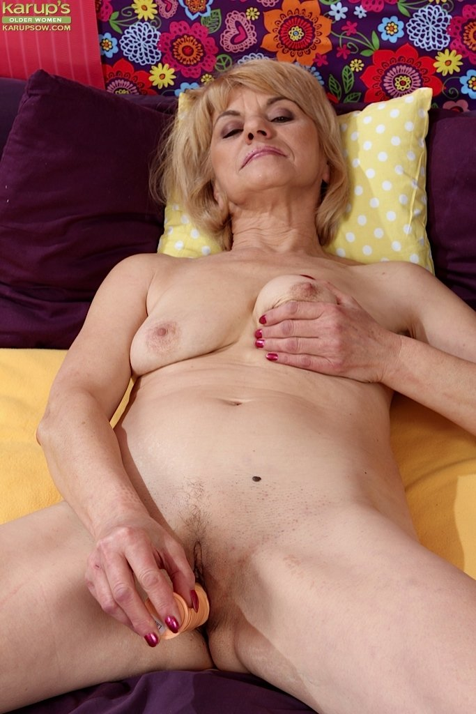 Mature cheating sex videos Gelding cutting edge femdom Brother forced drunk sister