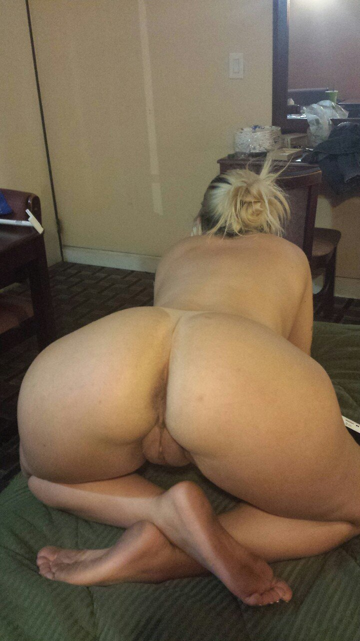 Naked big butt twerking #12