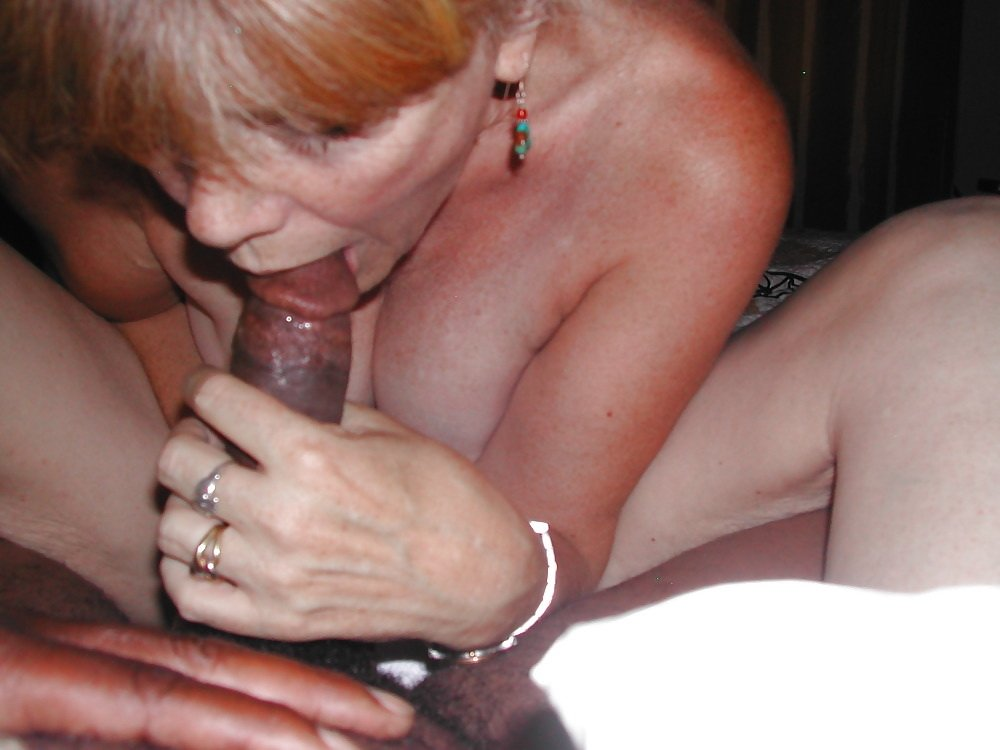 Mature amateur interrac
