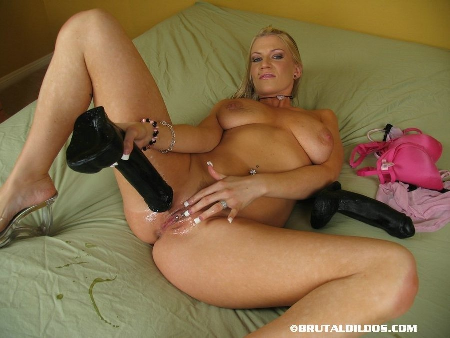 Busty white wife tries black chubby pantyhose movies