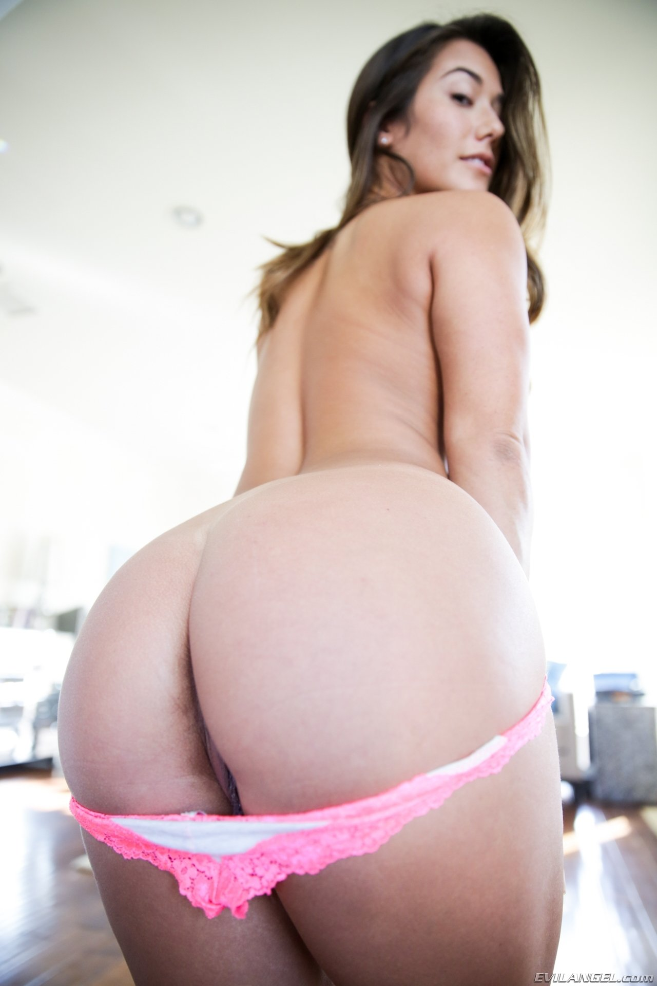 Hot wife vacation brianna love bukkake
