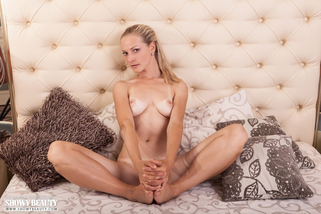 Neat chick gets nailed doggystyle add photo
