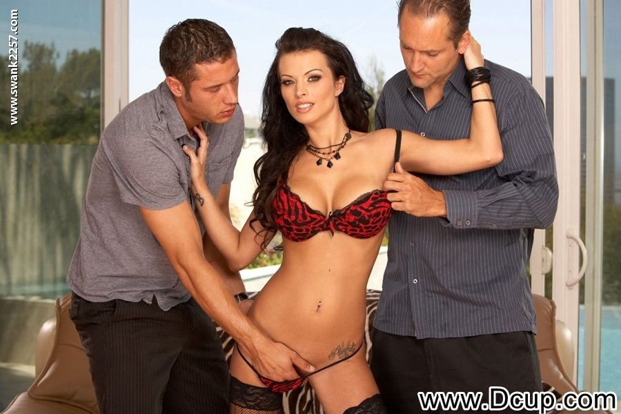 Bralrajas    reccomended Brunette babe screwed by perv pawn man