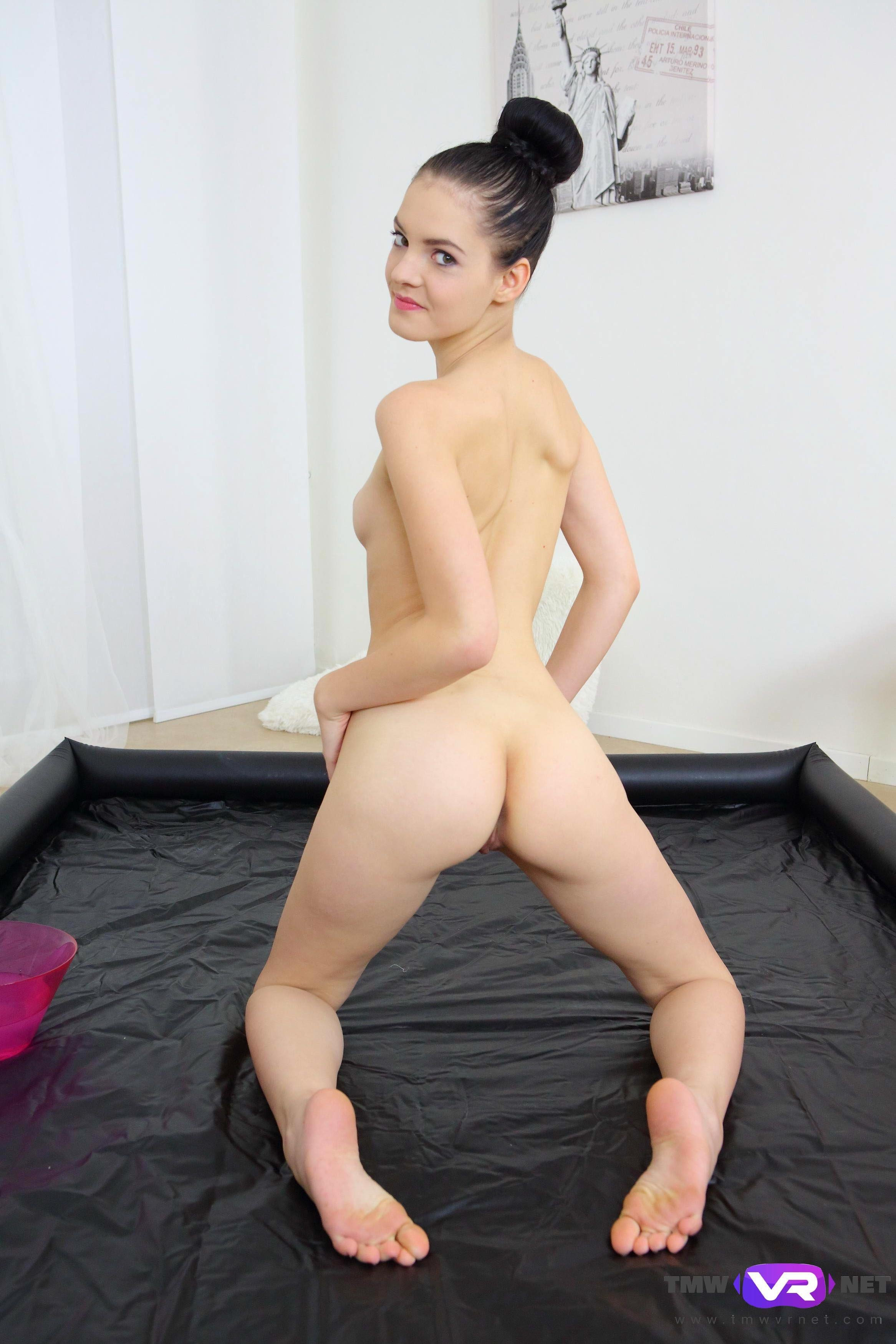 Dissapointed wife fucks in front of hubby