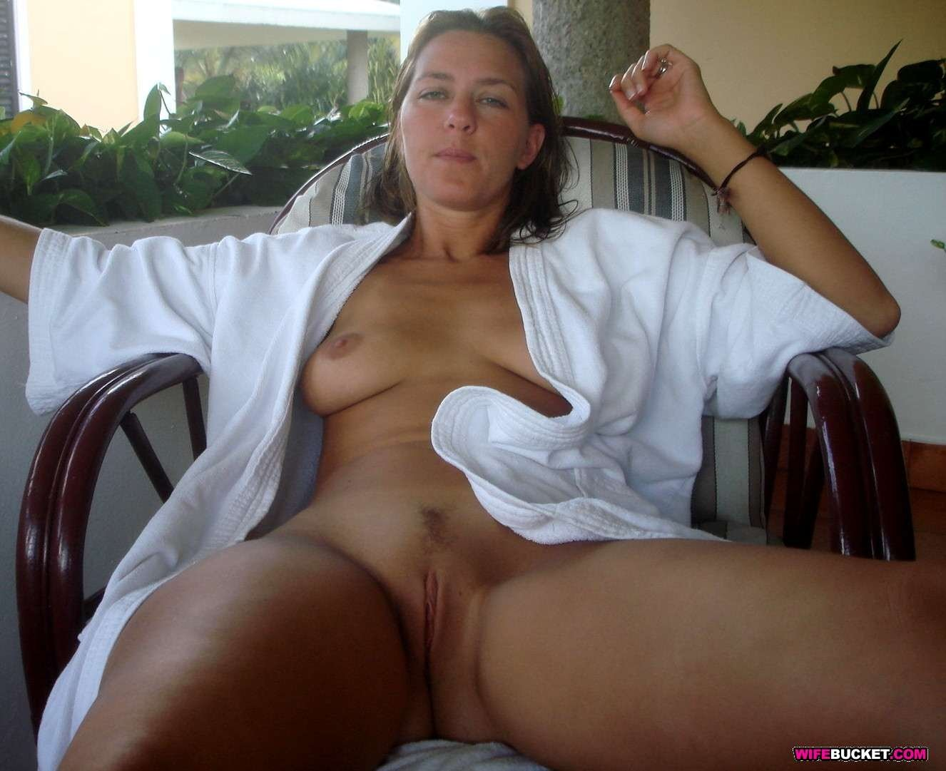 Threesome with a black man Free amateur streams