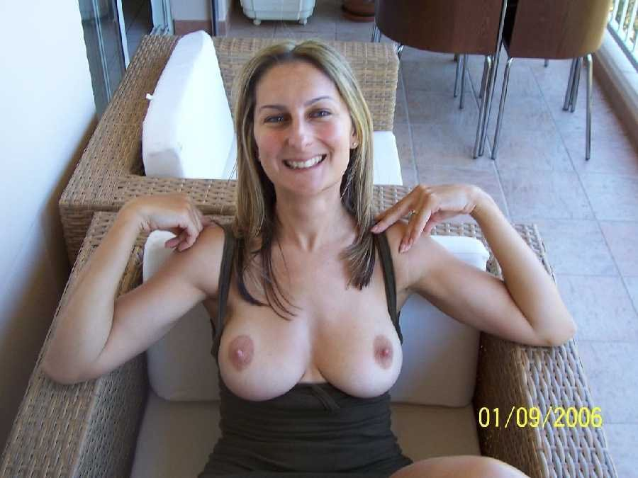 Lil chica solo My wife fuck sons