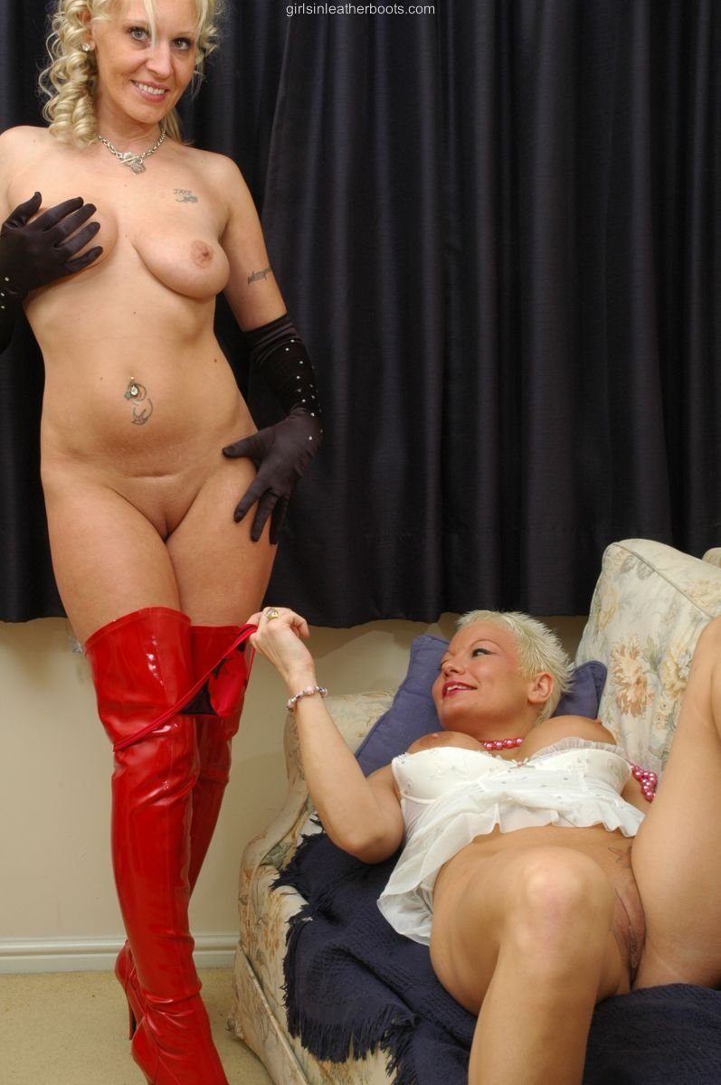 lesbian young old porn