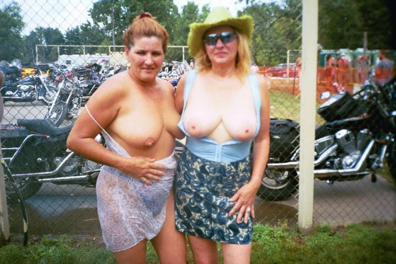 I love amateur Family nudist beach with the whole camps