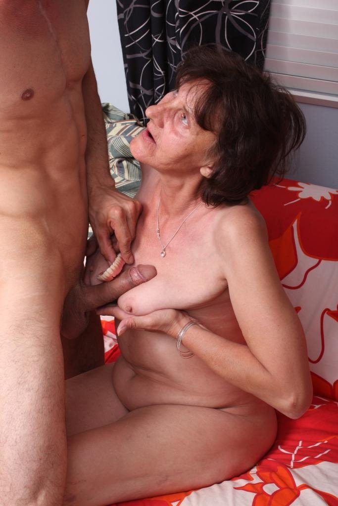 Granny group sex videos Home invsion porn