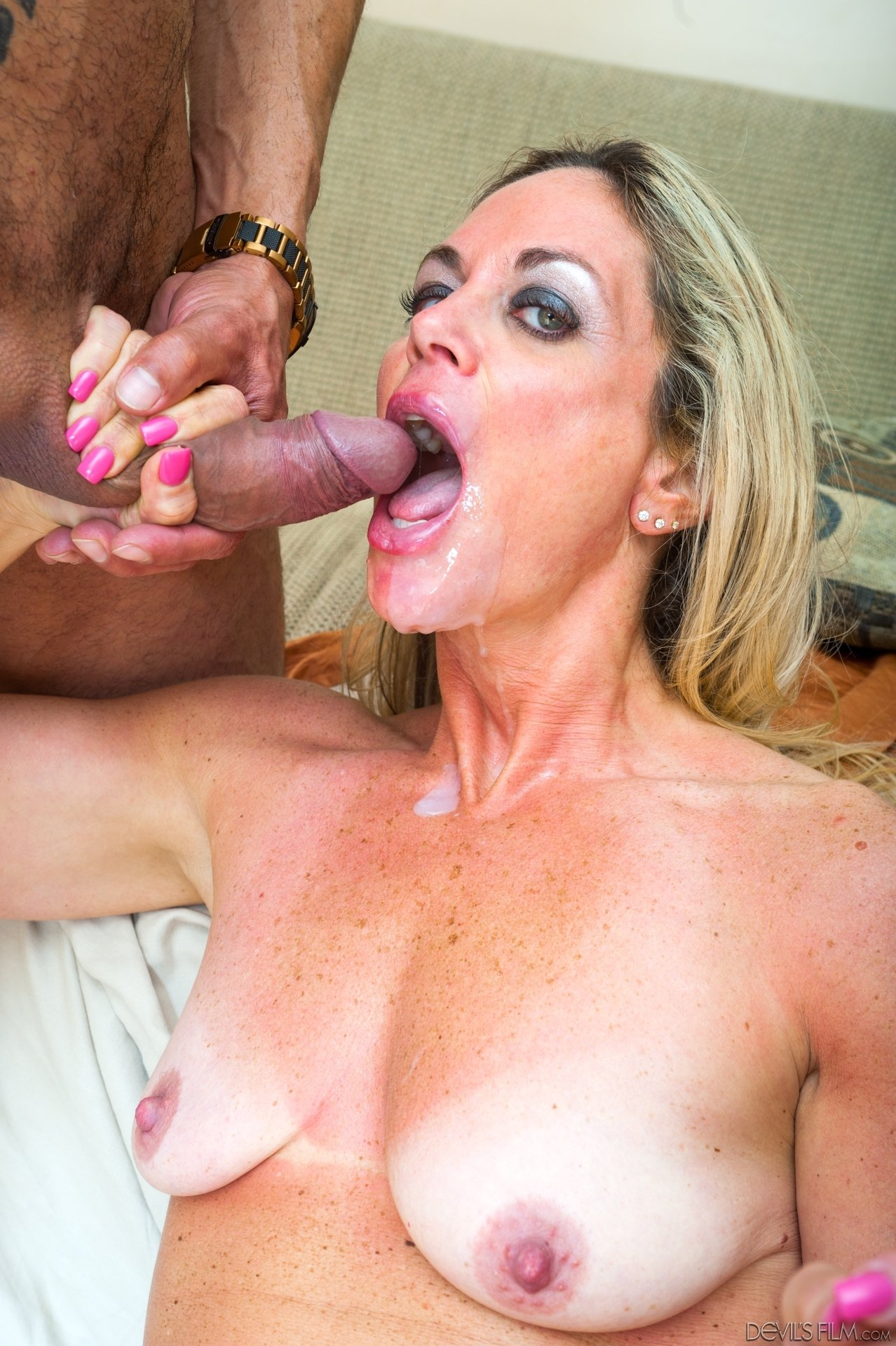Wife tricked into being shared #1