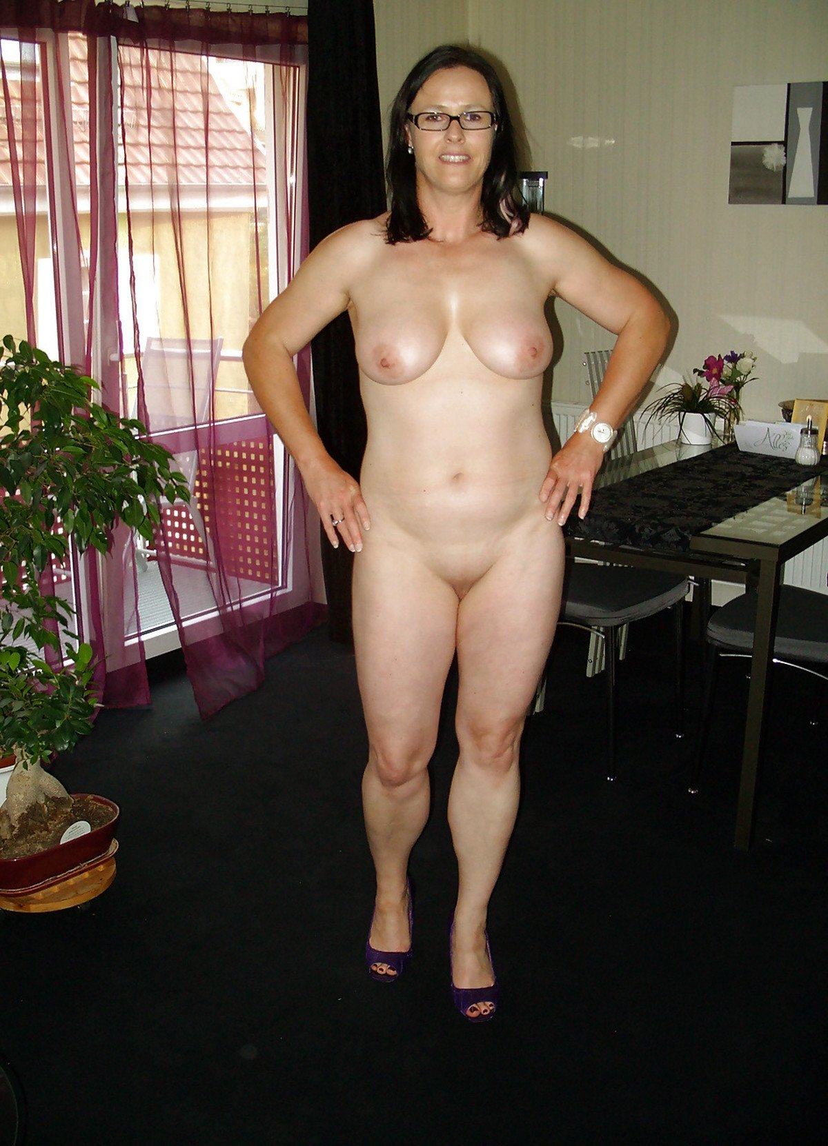 Real naked wife pics
