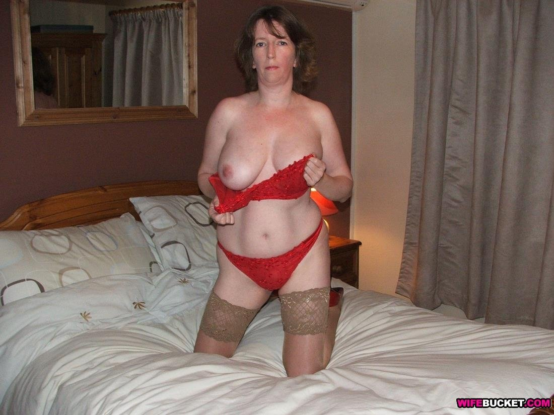 hot blowjobs from a sexy mature wife