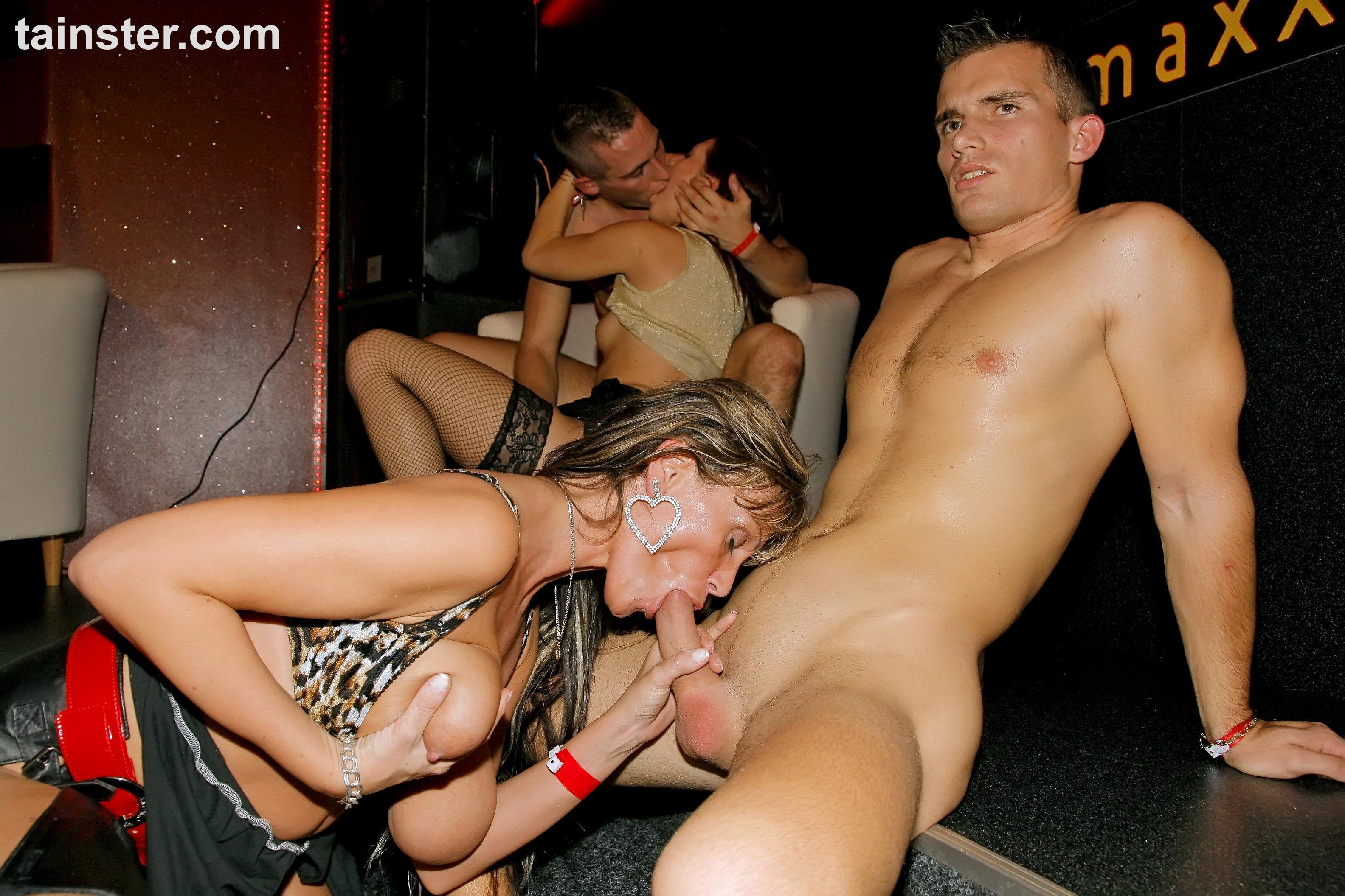 Pono vip sexy photo, wrestler boy naked
