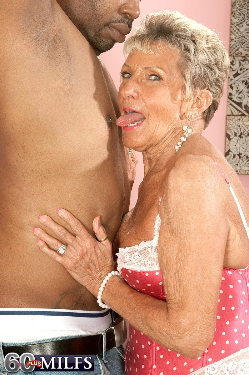 mature cam to cam chat there