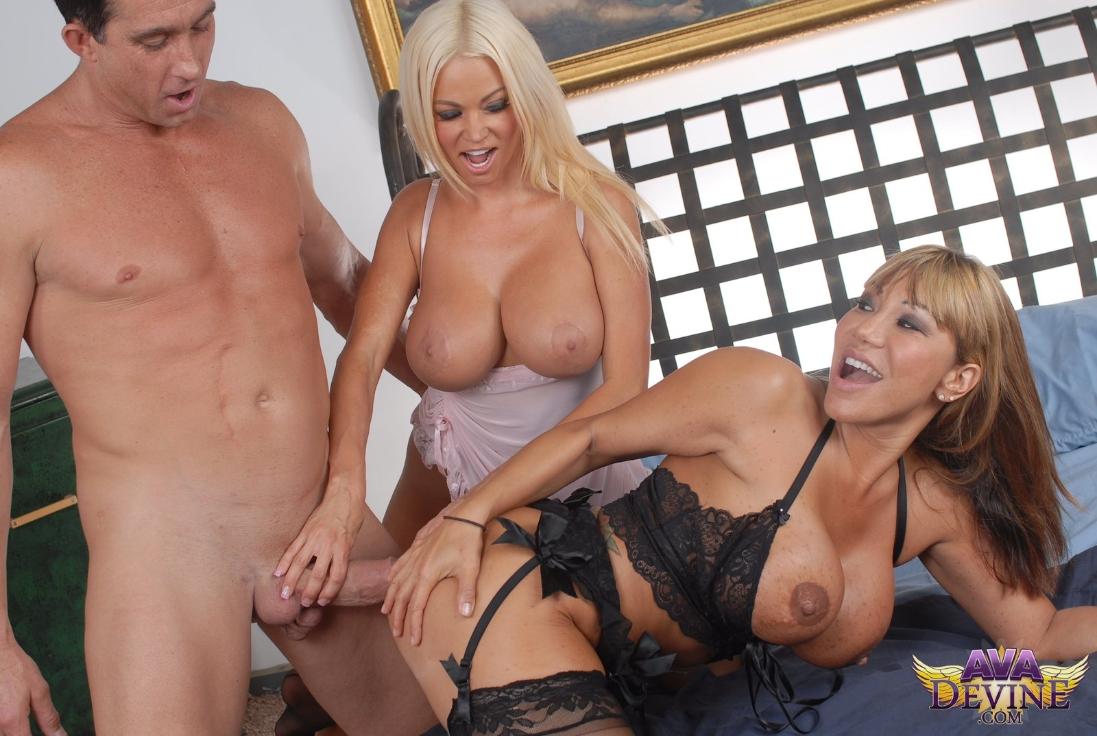 Mature big titts pictures #6