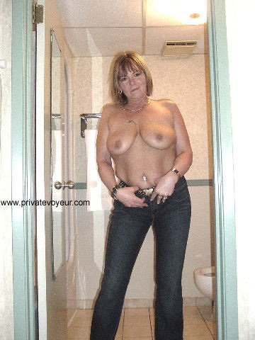 Mature busty porn tube #16