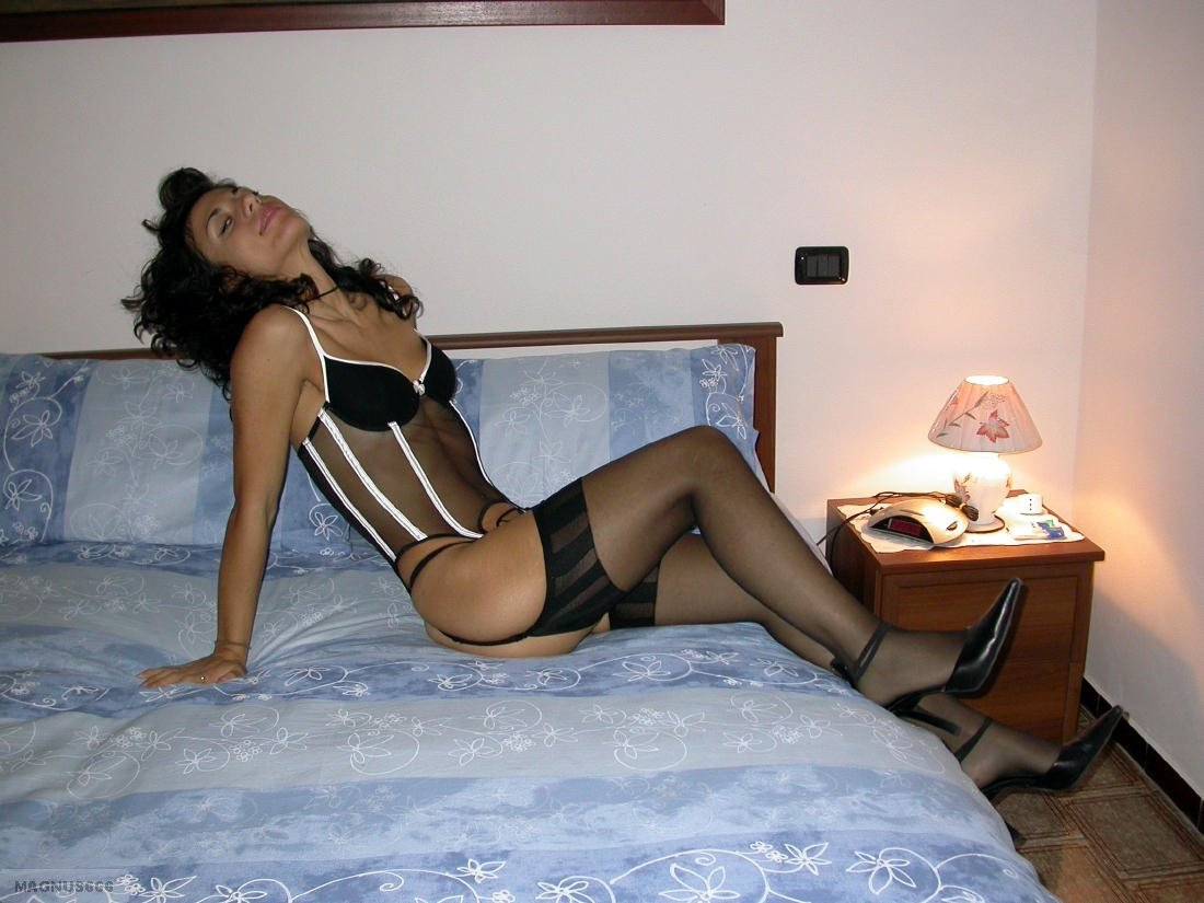 Amateur cuckold breed wife