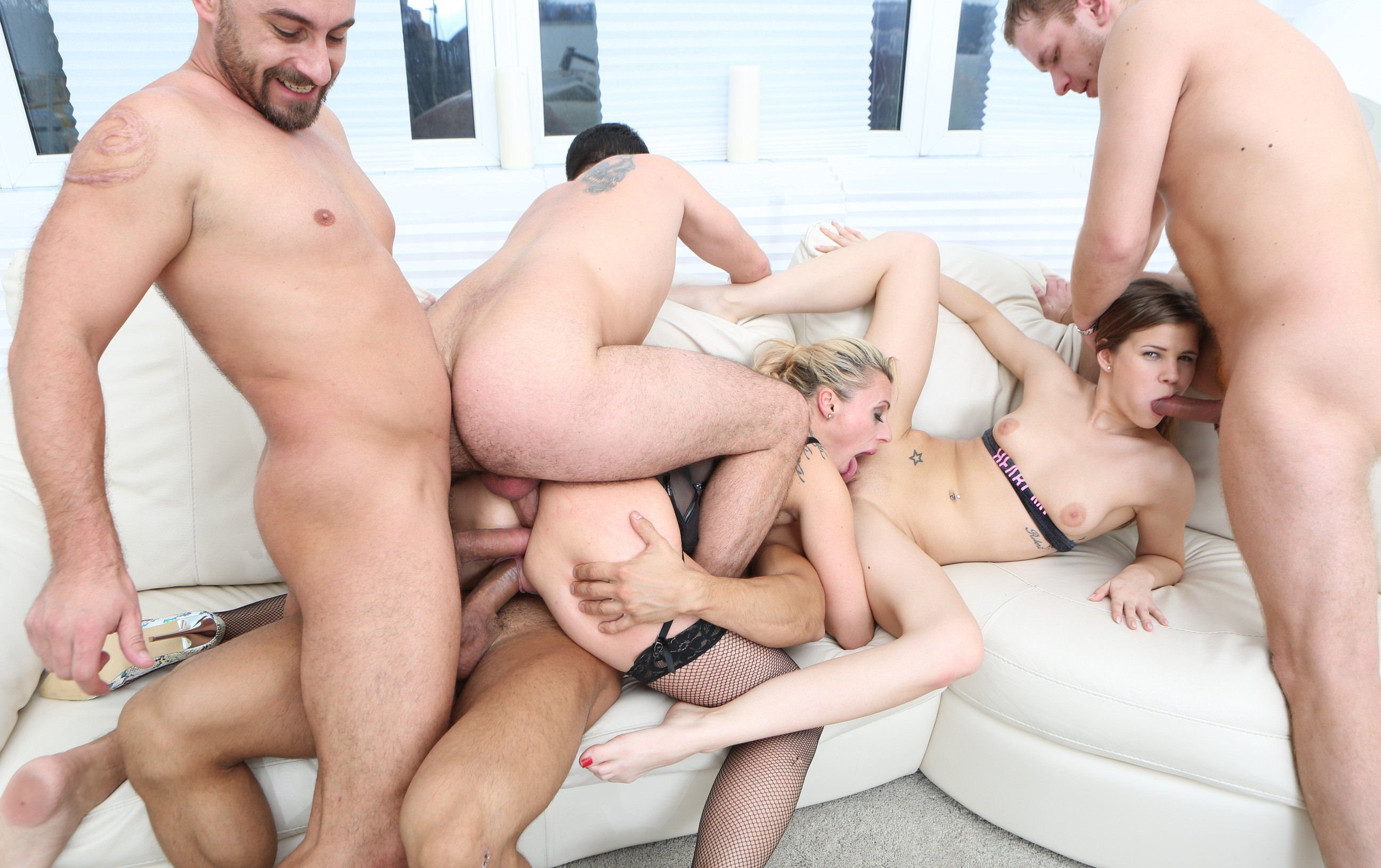 Dajind    reccomended anal sex with spanking