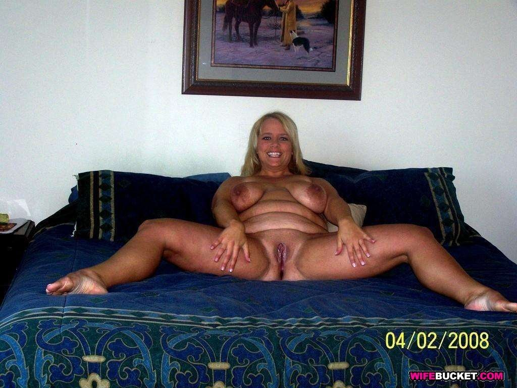 Naked chubby woman gallery