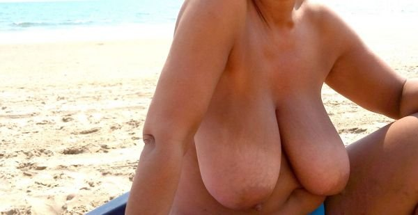 webcam mature big boobs there