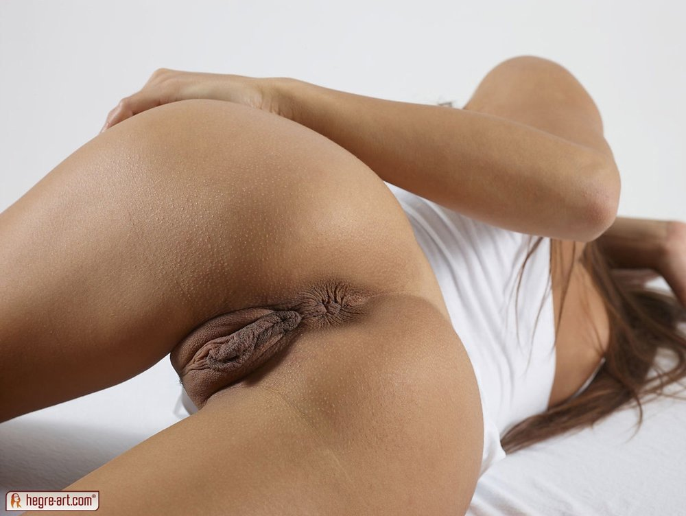 lesbian seduction with strapon